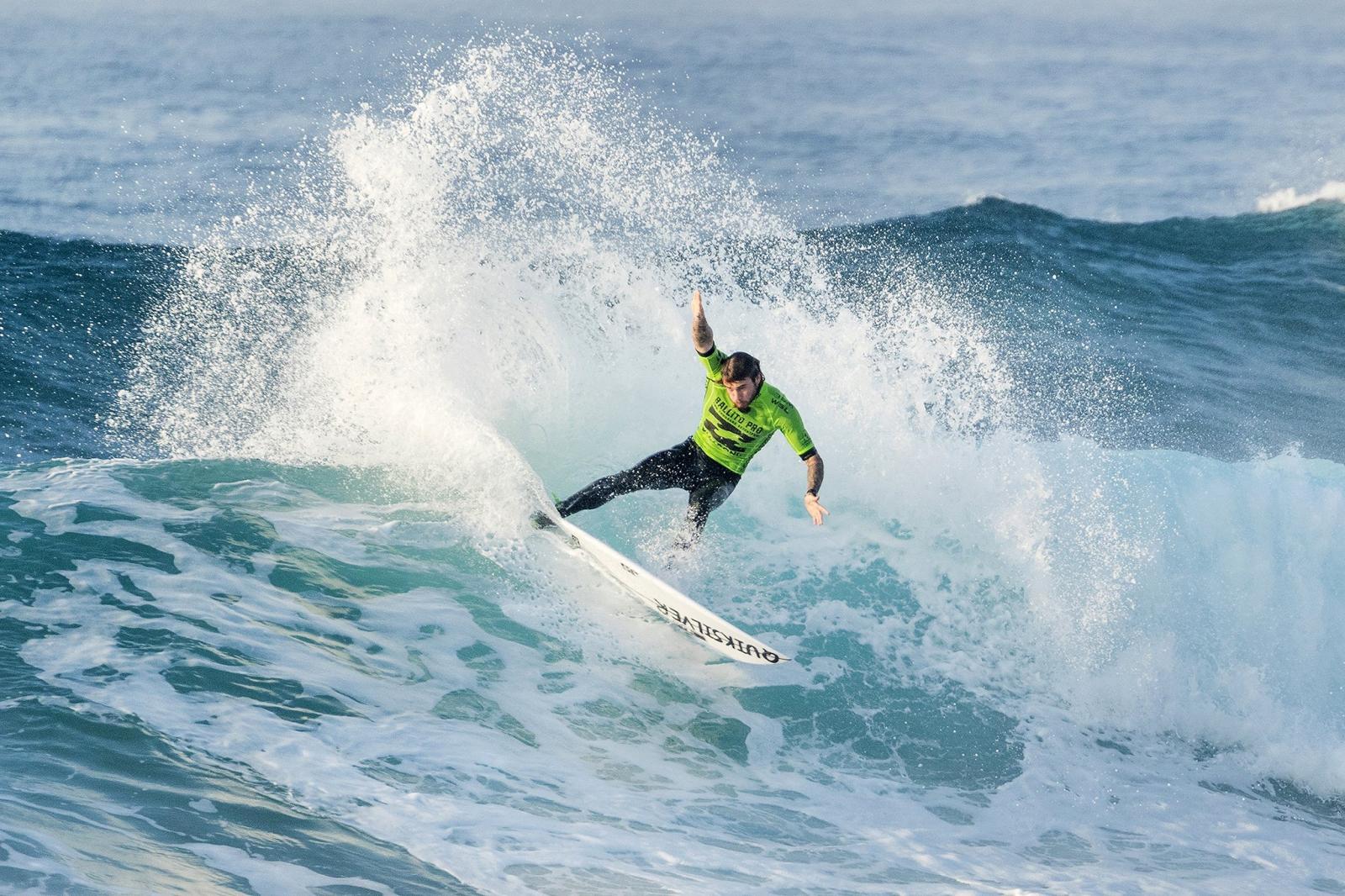 Zawody surfingowe w Republice Południowej Afryki. Fot. EPA/KELLY CESTARI - WSL  HANDOUT EDITORIAL USE ONLY/NO SALES Dostawca: PAP/EPA.