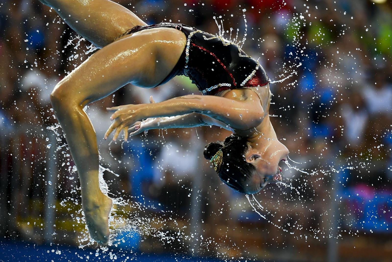 Wodna akrobatyka, podczas mistrzostw w Budapeszcie, Węgry.