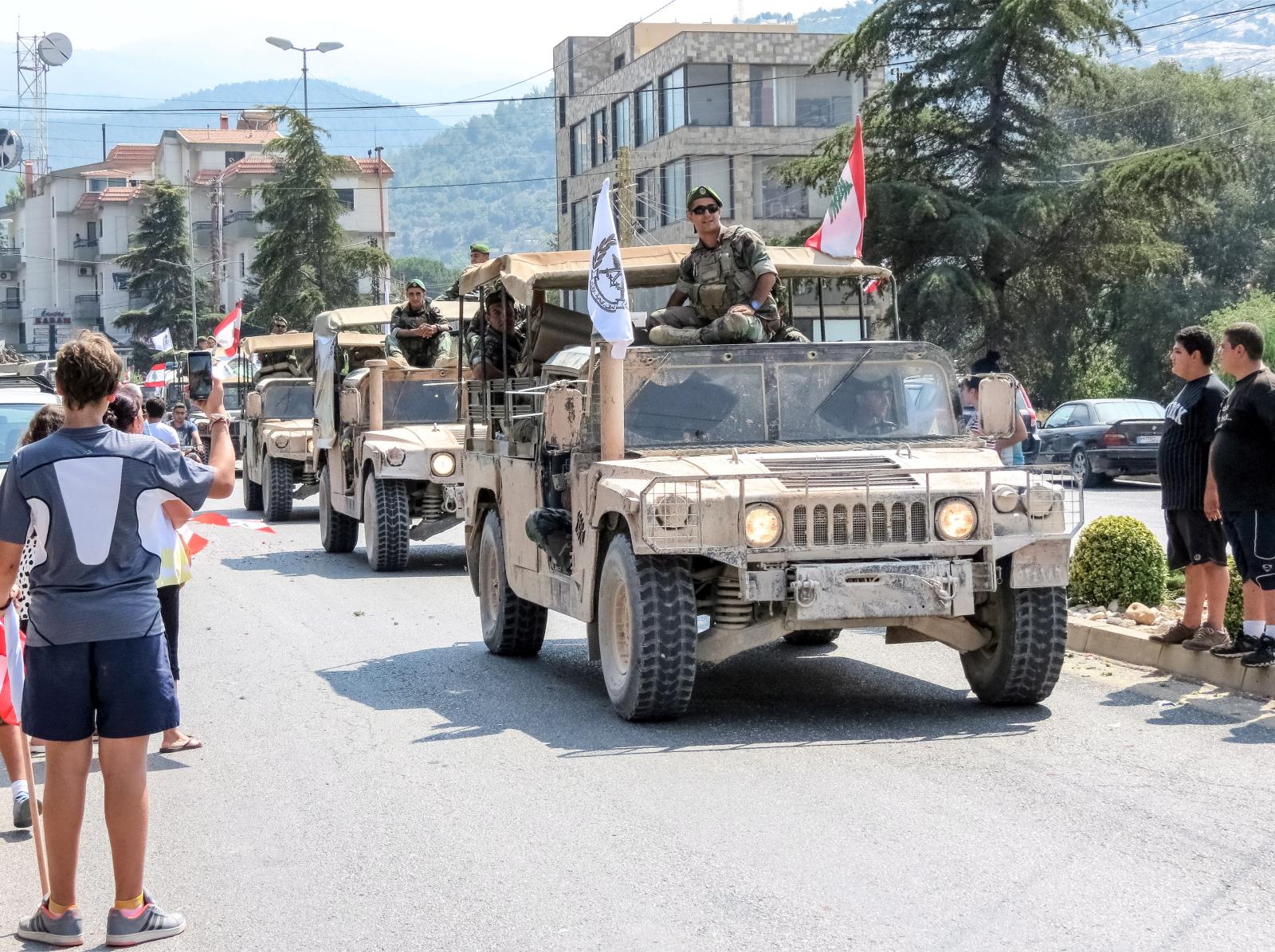 Wojsko Libańskie powraca po walkach z ISIS