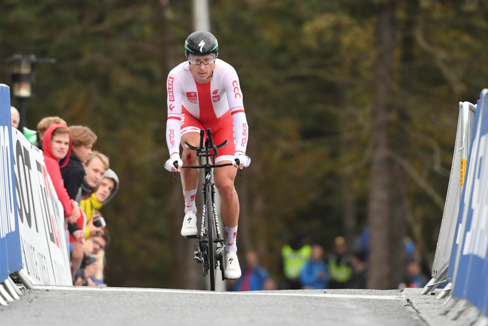 Bergen, Norwegia, Maciej Bodnar trasie jazdy indywidualnej na czas podczas kolarskich mistrzostw świata (PAP/Bartłomiej Zborowski