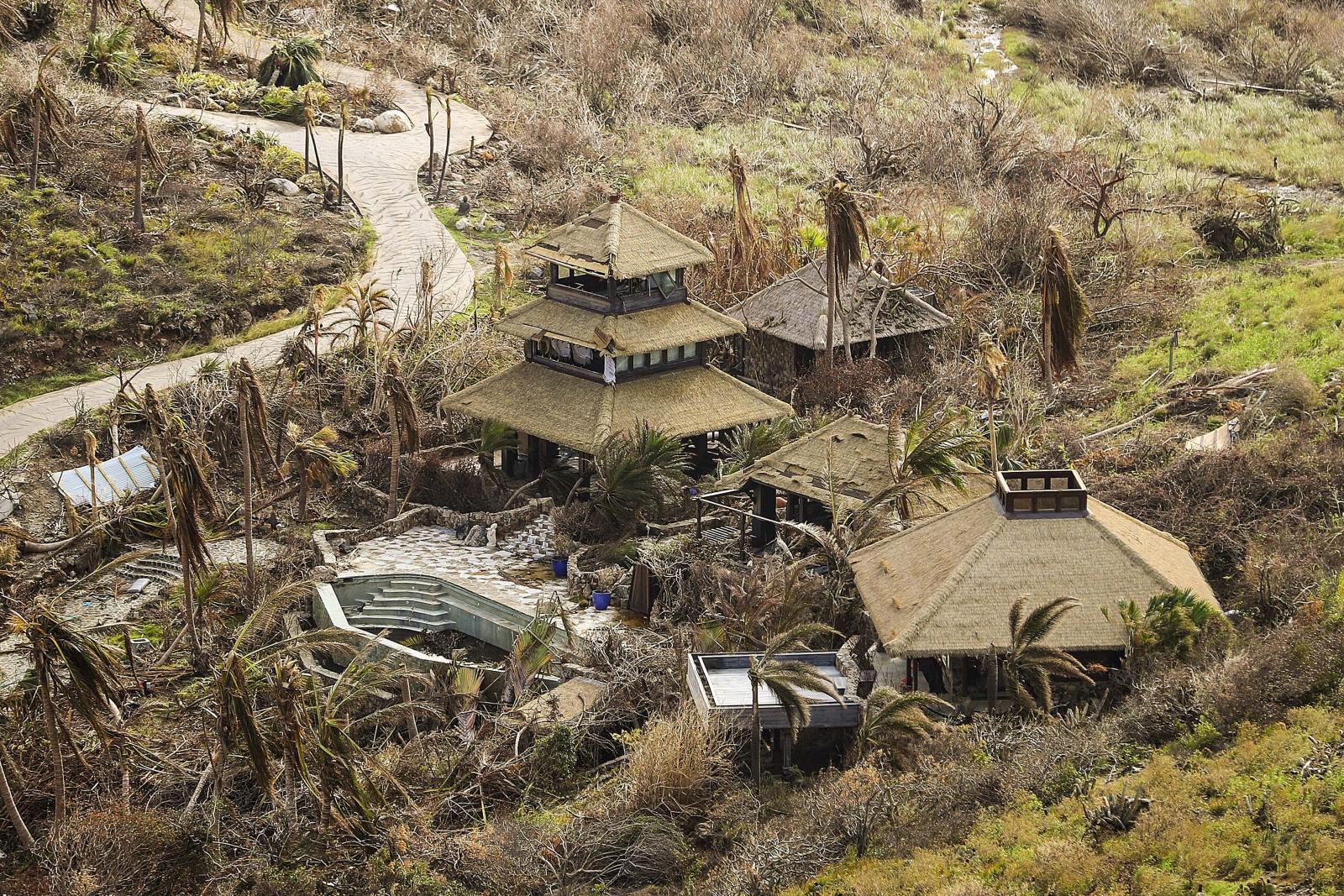 Przygotowania do huraganu Maria na Wyspach Dziewiczych EPA/LPhot Joel Rouse