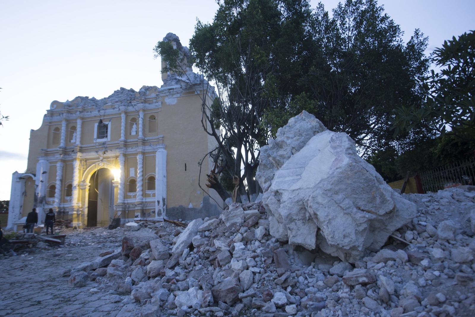Trzęsienie ziemi w Meksyku EPA/Francisco Guasco