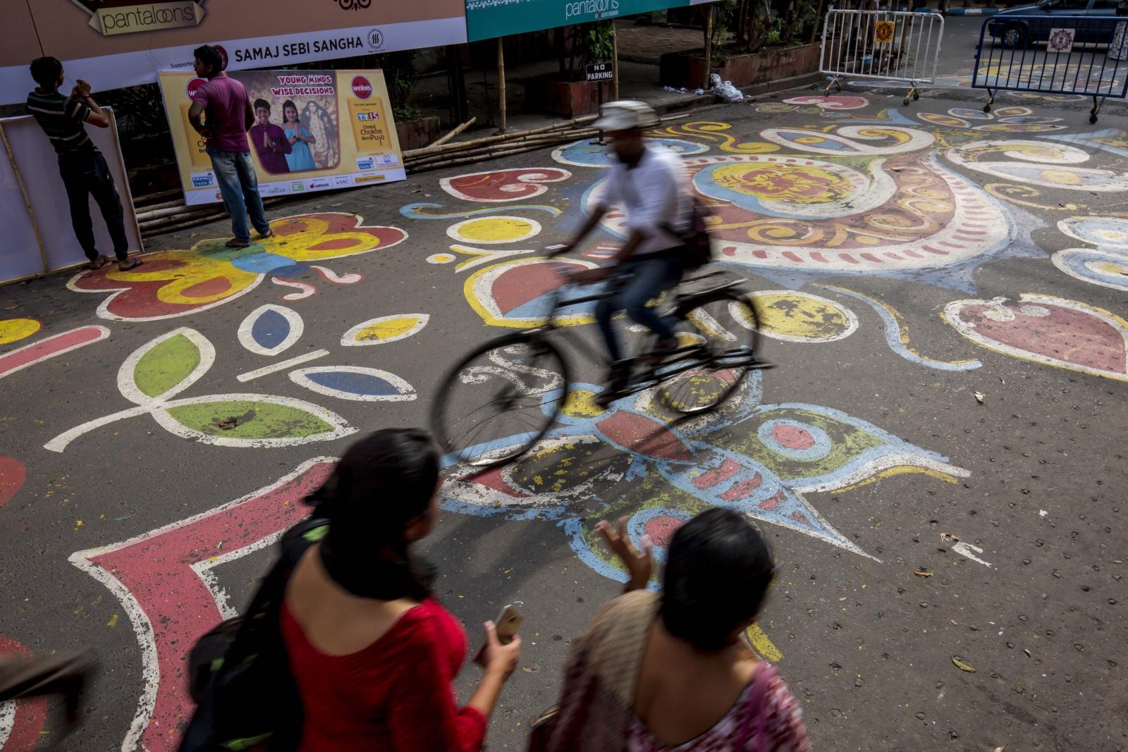 Indie Festiwal Durga Puja w Kalkucie  EPA/PIYAL ADHIKARY