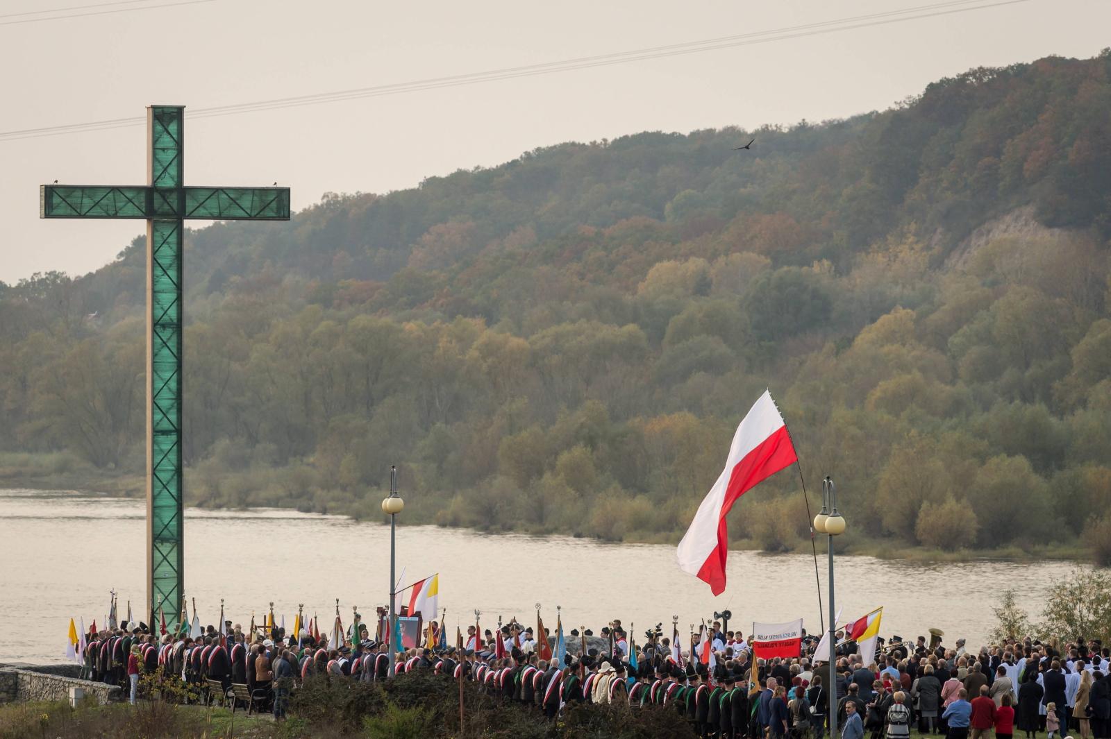 Uroczystości 33. Rocznicy Męczeńskiej Śmierci bł. ks. Jerzego Popiełuszki - uroczystości na włocławskiej tamie.