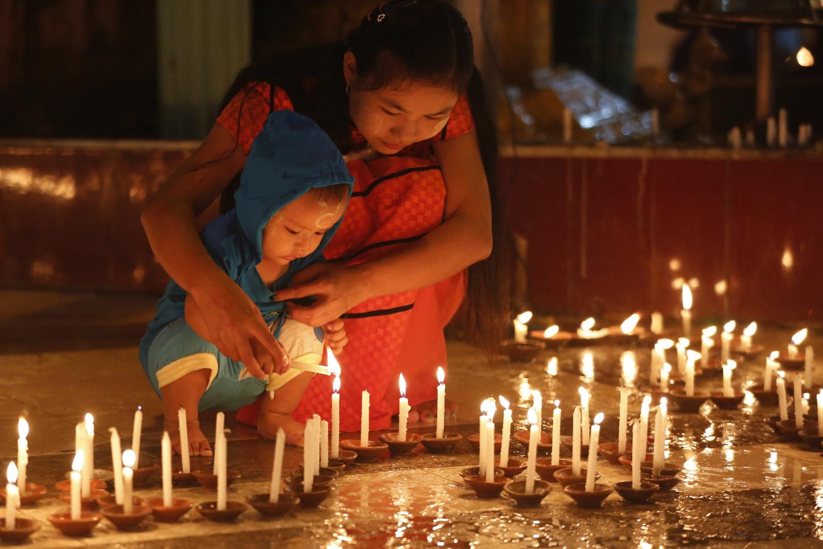 Myanmar. Festiwal Świateł. fot. EPA/HEIN HTET