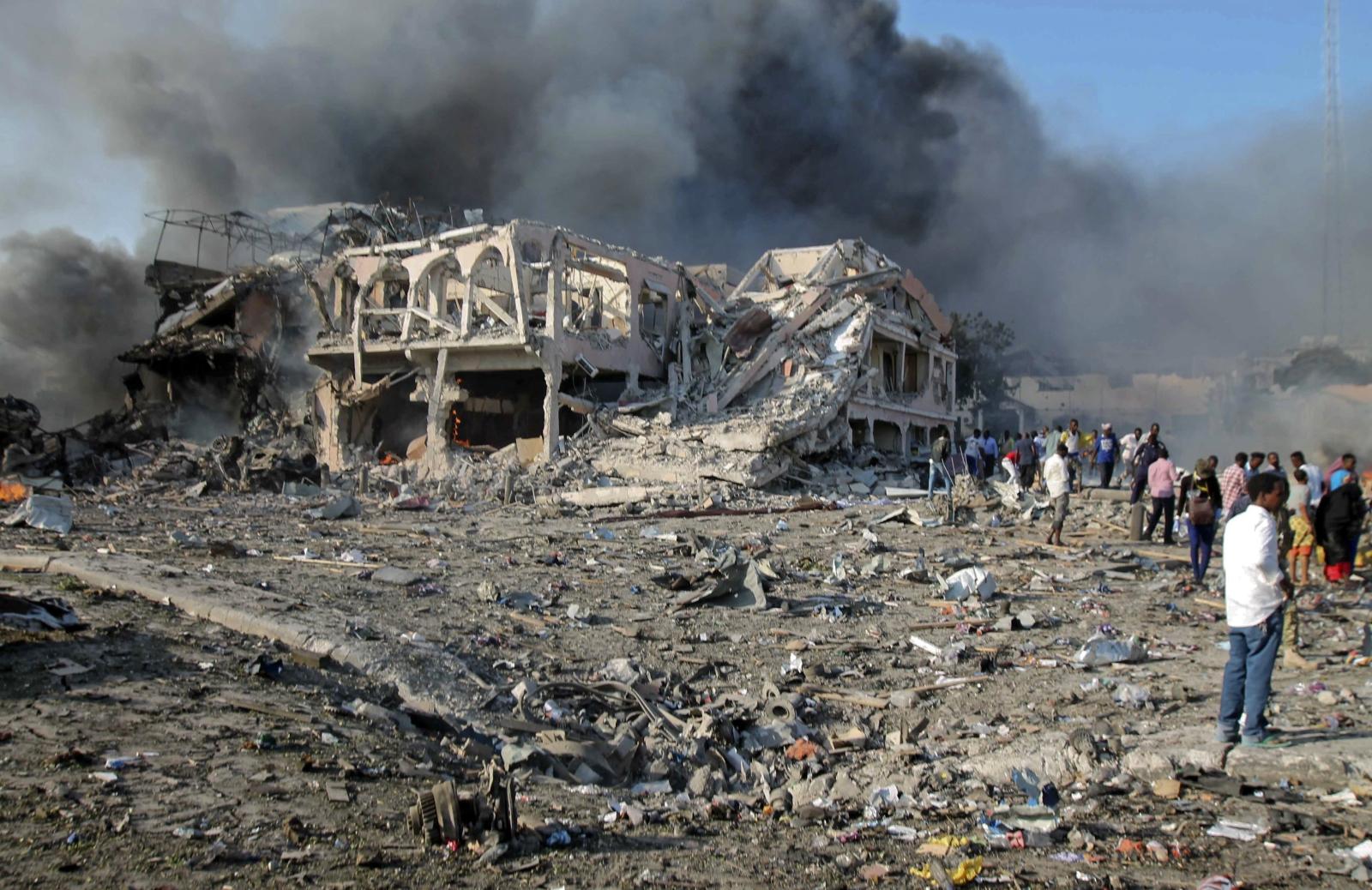 Zamach bombowy w Somalii   EPA/SAID YUSUF WARSAME