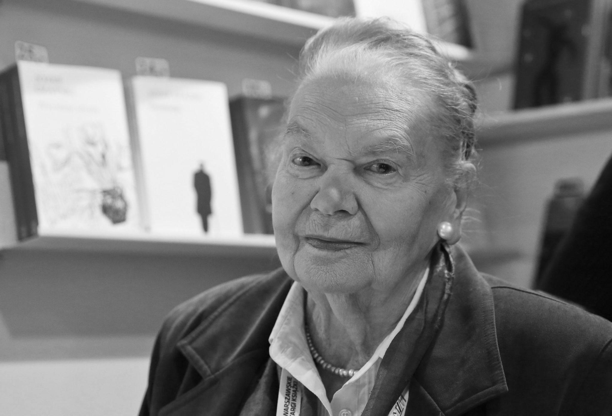 14.07. - Julia Hartwig - poetka, eseistka i tłumaczka literatury pięknej. W okresie PRL popierała demokratyczną opozycję. W styczniu 1976 r. należała do sygnatariuszy