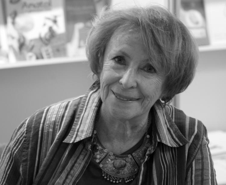 02.08. - Wanda Chotomska - pisarka, poetka, autorka ponad 200 książek dla dzieci. Swe wiersze, fraszki, prozę i teksty sceniczne dla dzieci drukowała w