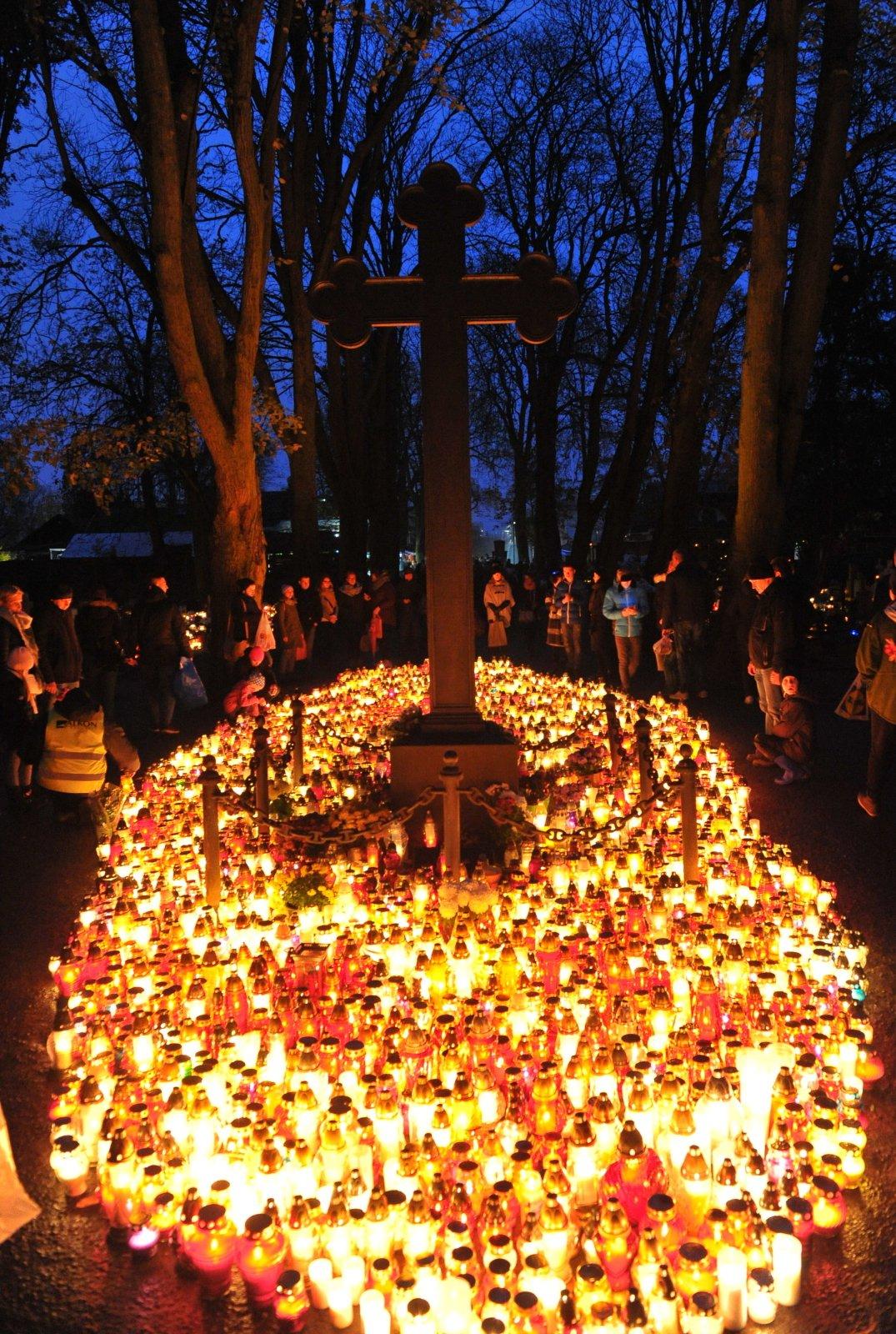 Szczecin, Cmentarz Centralny PAP/Marcin Bielecki