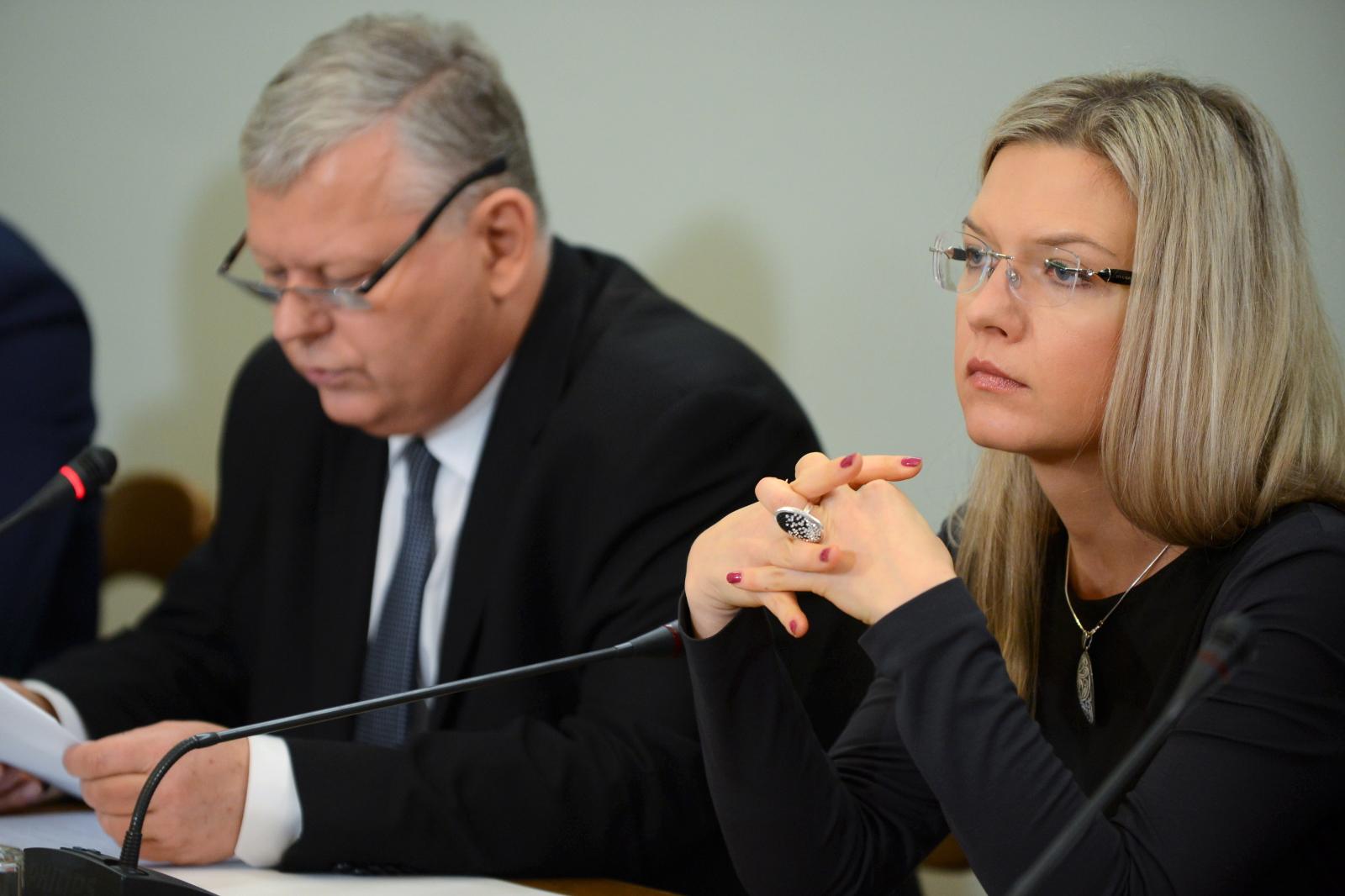Marek Suski i Małgorzata Wassermann podczas przesłuchania ws. Amber Gold