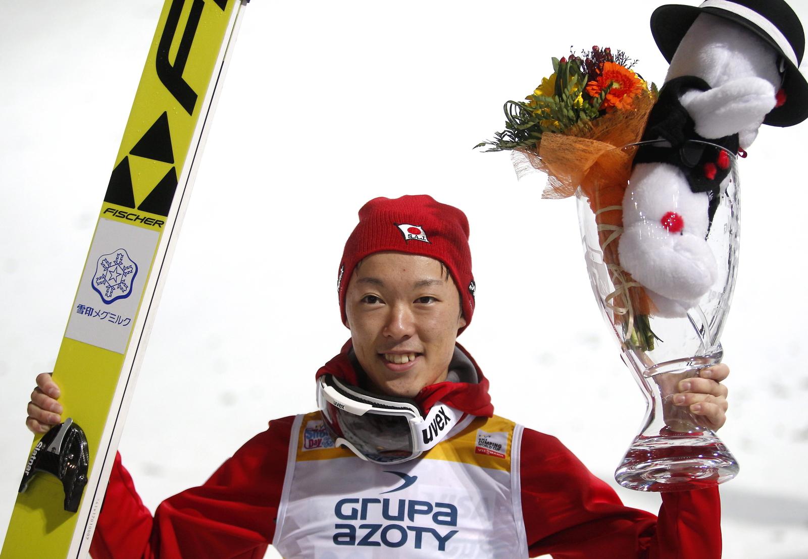 Japończyk Junshiro Kobayashi zajął pierwsze miejsce w konkursie indywidualnym Pucharu Świata w skokach narciarskich na skoczni im. Adama Małysza w Wiśle