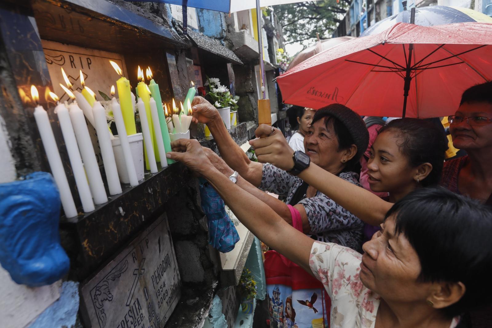 Filipiny, Dzień Wszystkich Świętych  EPA/ROLEX DELA PENA