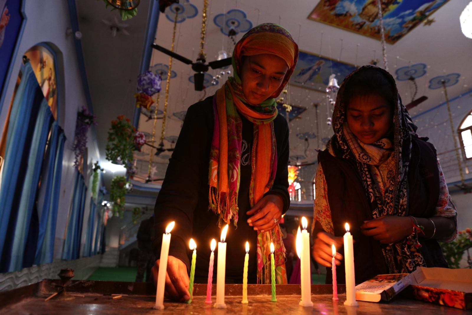Indie. Przygotowania do wigilii Bożego Narodzenia. fot. EPA/RAMINDER PAL SINGH