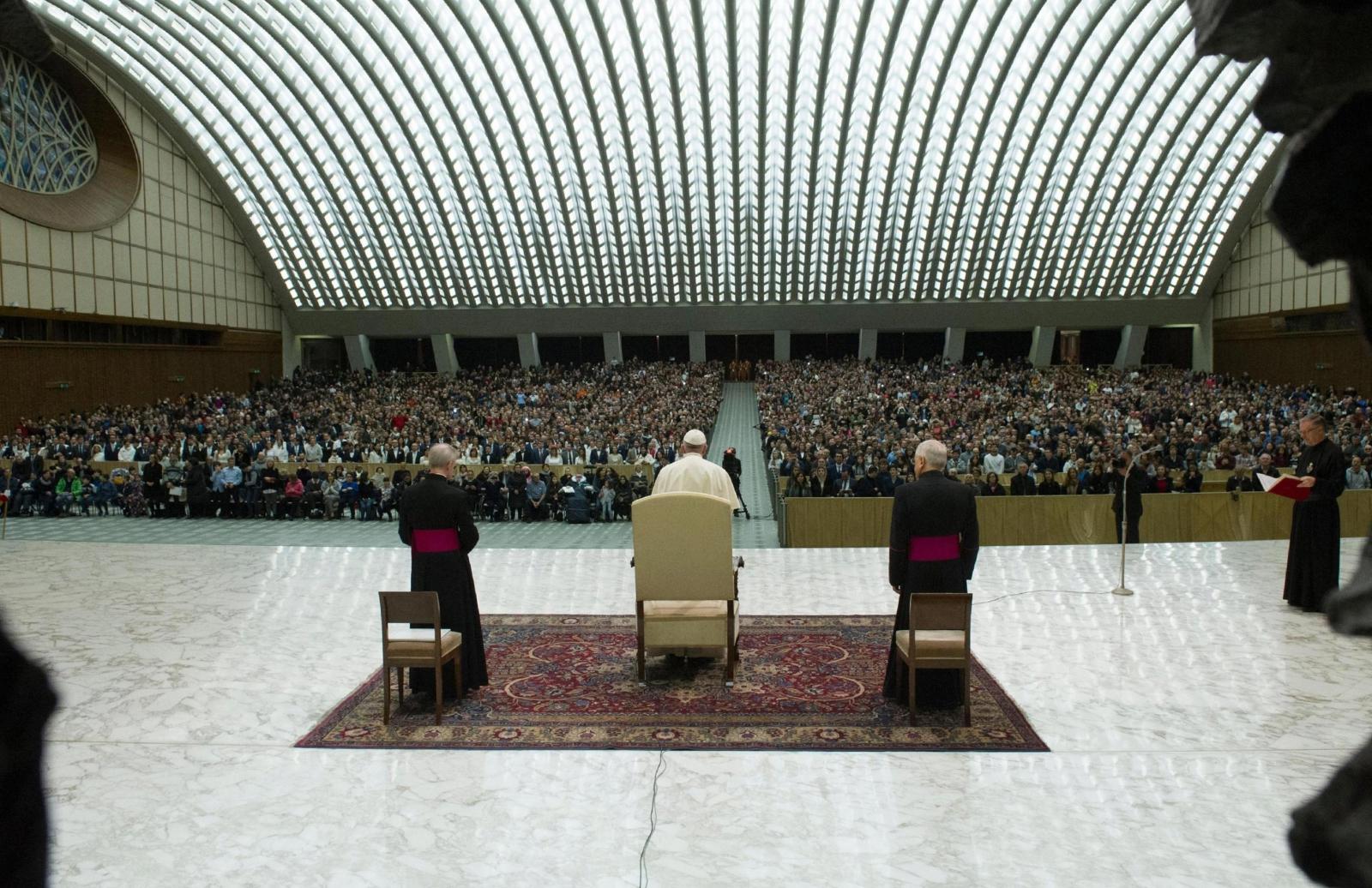 Audiencja generalna w auli Pawła VI. fot. EPA/OSSERVATORE ROMANO