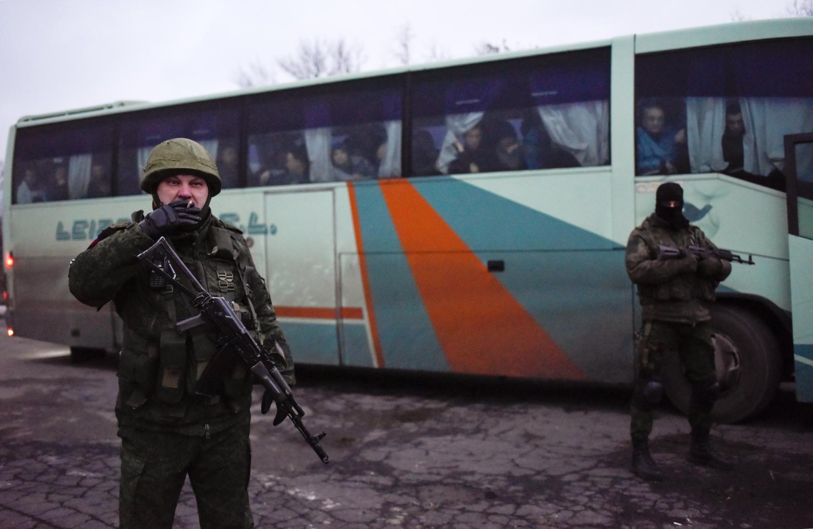 Kryzys na Ukrainie. Wymiana więźniów. fot. EPA/MARKIIAN LYSEIKO