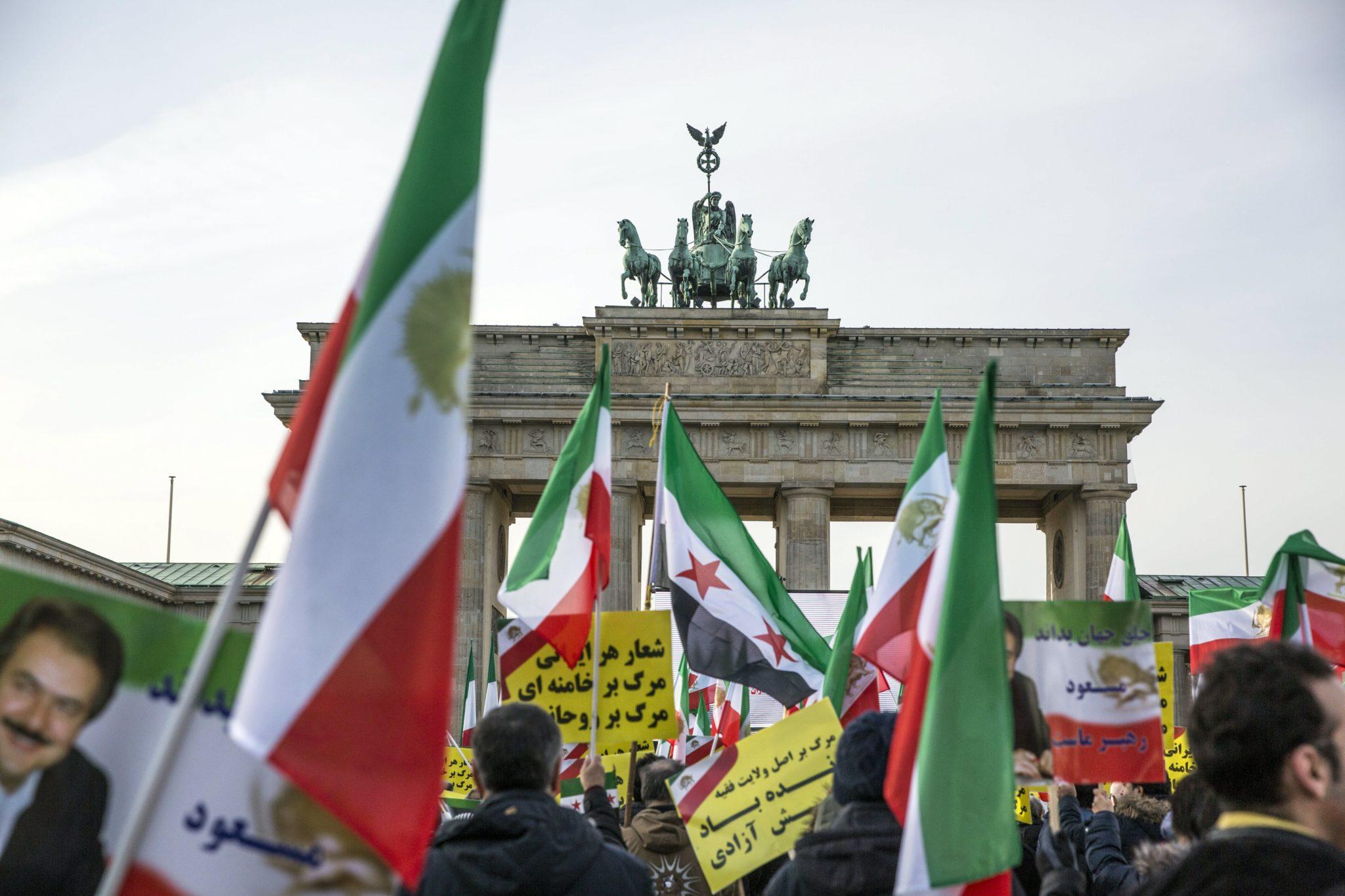 Berlin - protest przeciwko polityce rządu Iranu, fot: Omer Messinger, PAP/EPA