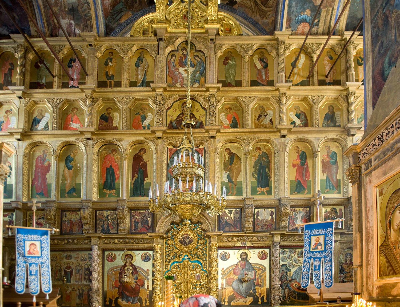 <p>Mówi się, że tradycja wykonywania ikon istniała od czasów apostolskich. Podobno autorem pierwszych ikon był Łukasz Ewangelista.<br></p>