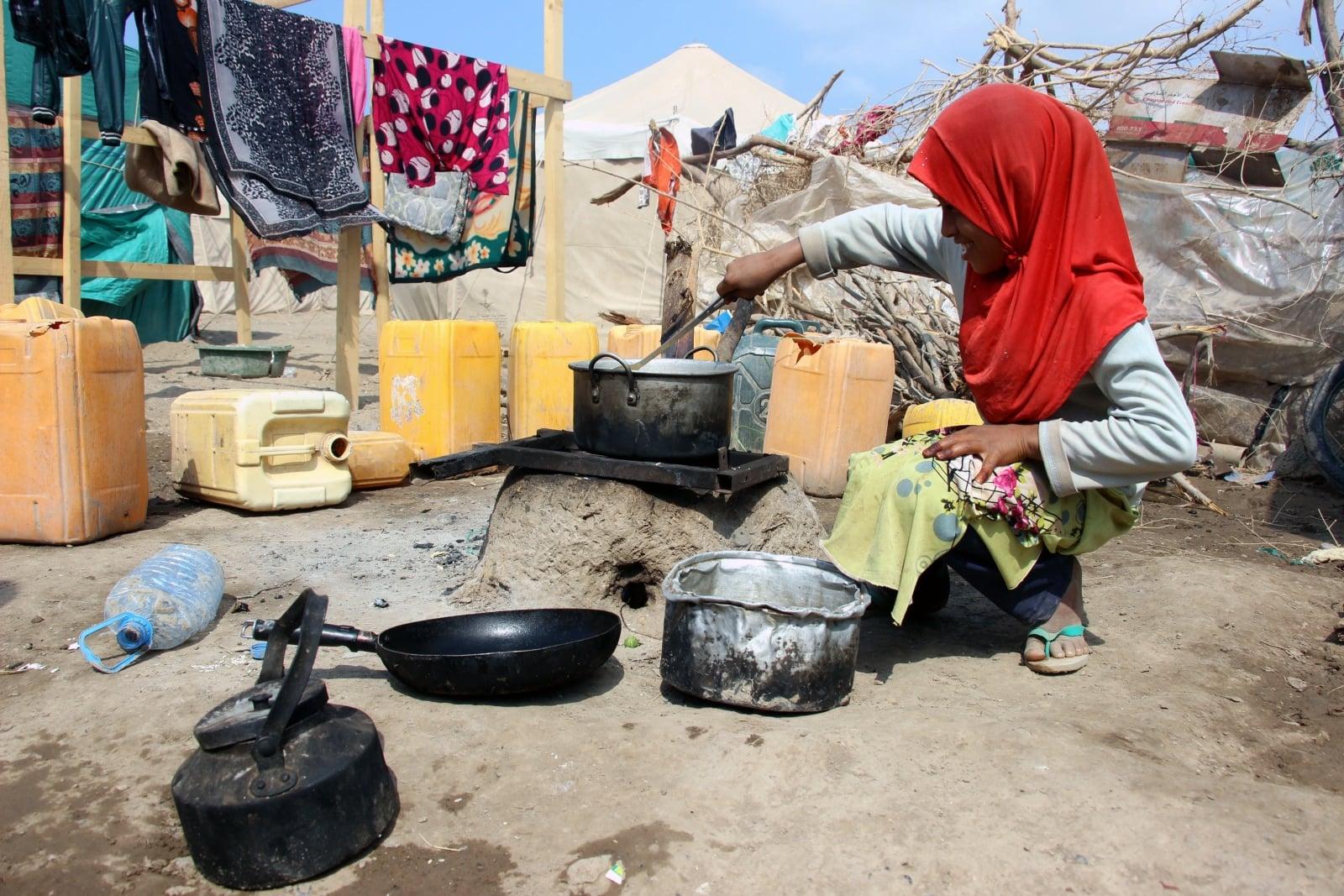 Trudna sytuacja humanitarna w Jemenie  EPA/STRINGER