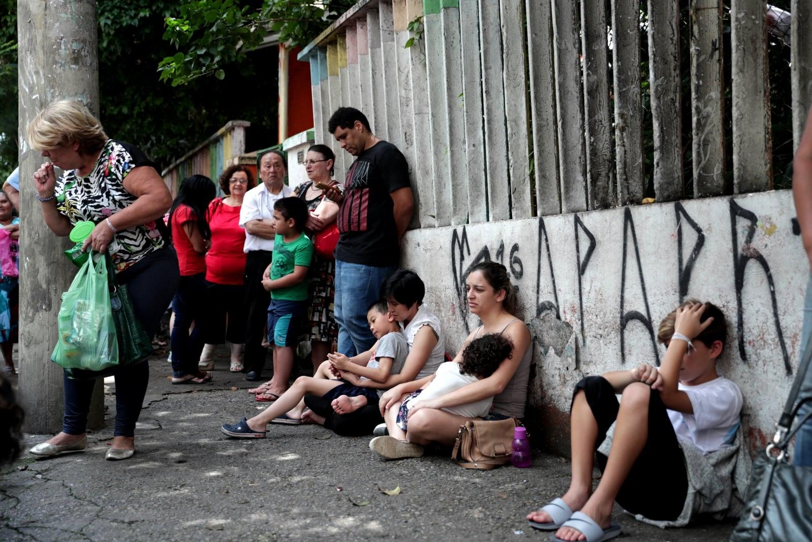 Kolejka po szczepionkę przeciwko żółtej febrze w Sao Paulo, Brazylia, fot. EPA/FERNANDO BIZERRA JR