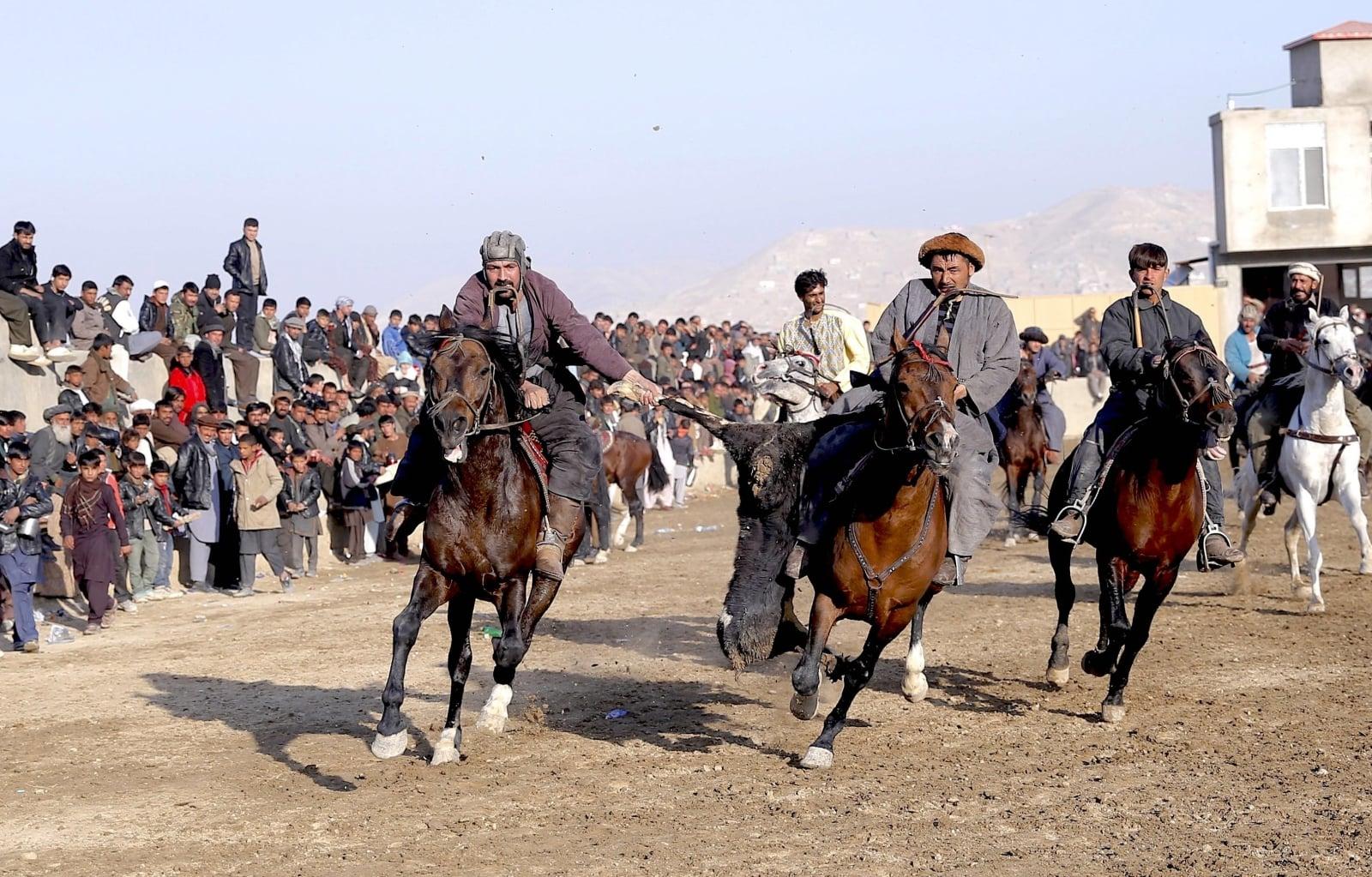 Afganistan, gra Buzkashi, EPA/HEDAYATULLAH AMID