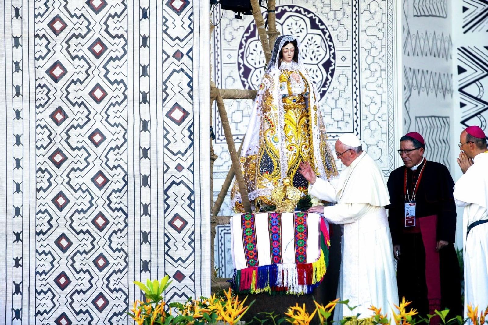 Papież Franciszek w Peru  EPA/LUIS IPARRAGUIRRE