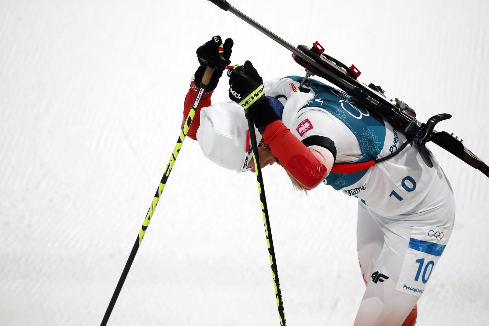 epa06511069 Weronika Nowakowska of Poland reacts after the Women's Biathlon 7,5 km Sprint race at the Alpensia Biathlon Centre during the PyeongChang 2018 Olympic Games, South Korea, 10 February 2018.  EPA/JEON HEON-KYUN Dostawca: PAP/EPA.