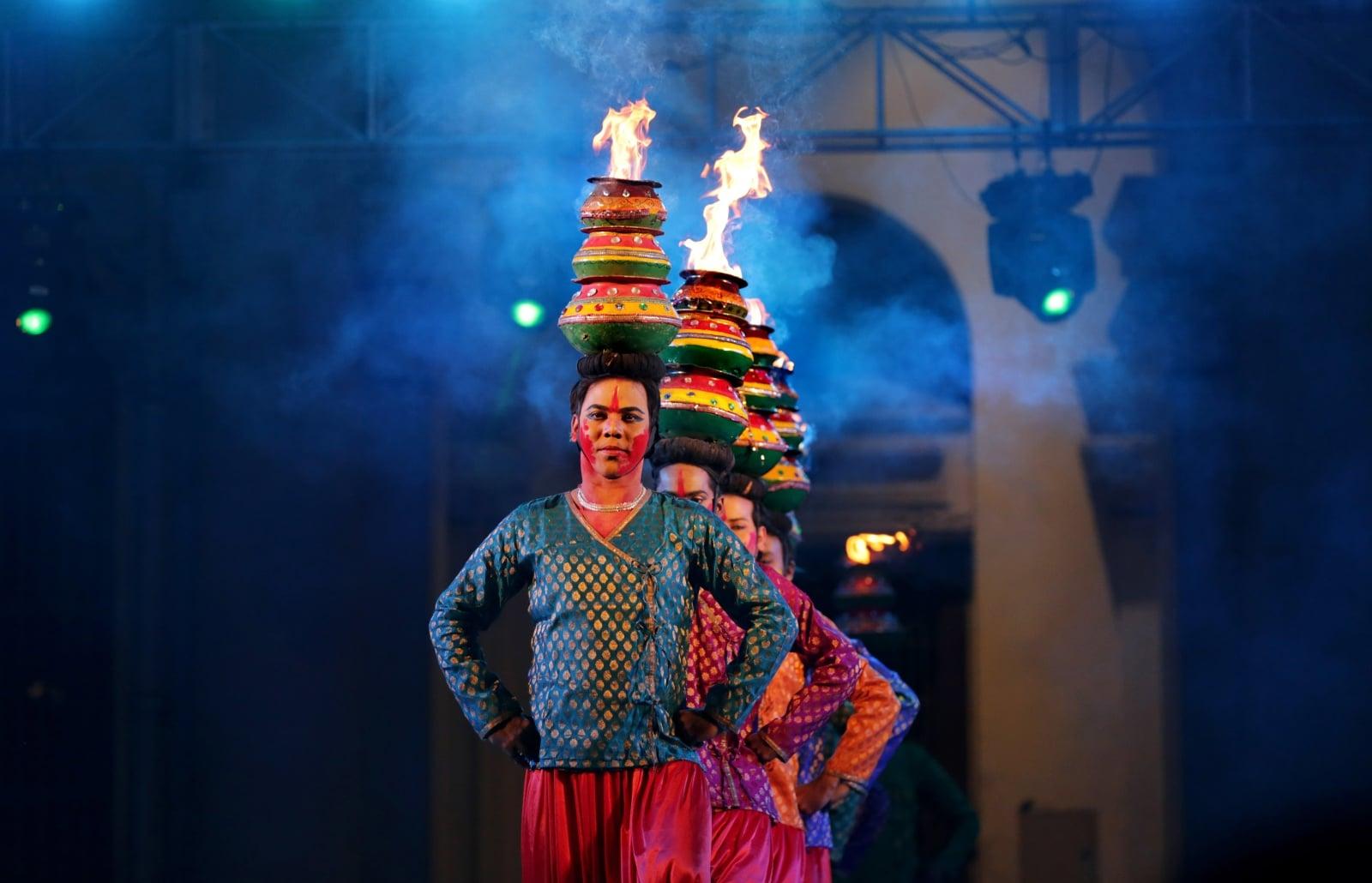 Święto w Indiach fot. EPA/PIYAL ADHIKARY