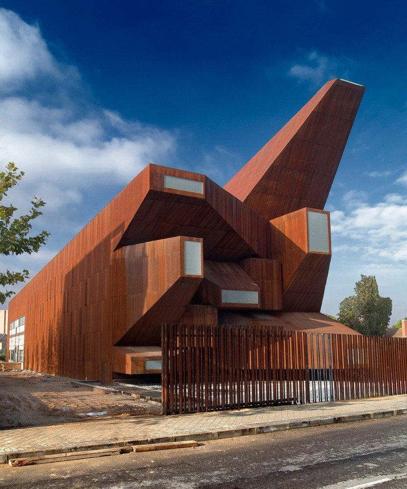 Kościół św. Moniki w Madrycie, Hiszpania  Fot. archdaily