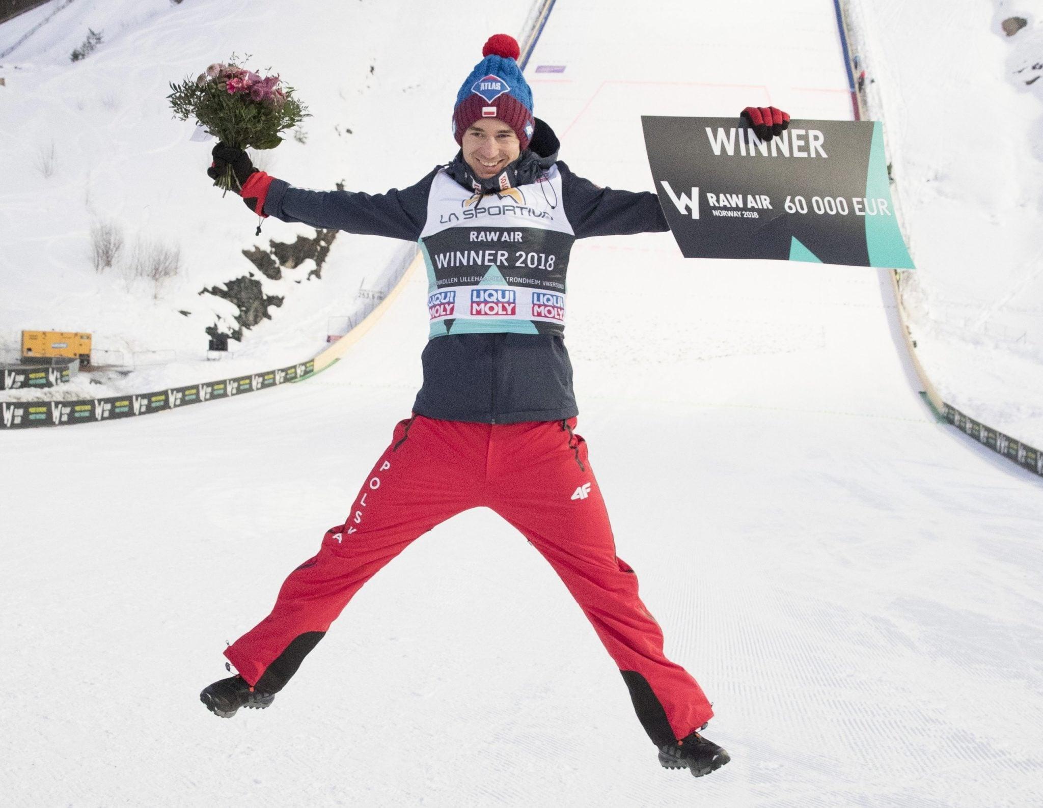 Kamil Stoch wygrywa konkurs FIS World Cup Raw Air i jednocześnie przesądza o zdobyciu Kryształowej Kuli w Pucharze Świata, drugi raz w swojej karierze, fot: Terje Bendiksby, PAP/EPA