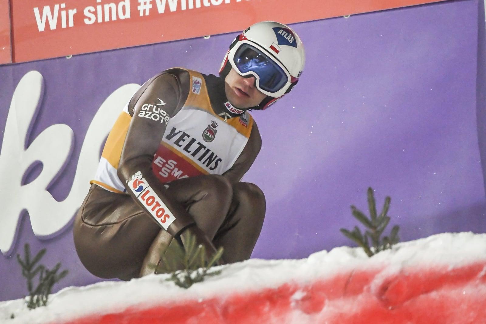 Kamil Stoch zajął pierwsze miejsce w kwalifikacjach do PŚ w Lahti  EPA/KIMMO BRANDT