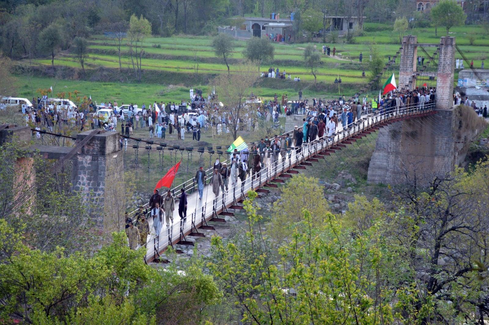 Spór o Kaszmir fot.  EPA/AMIRUDDIN MUGHAL