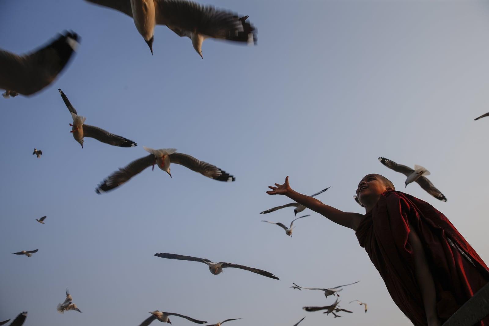 Dzień w Myanmarze fot. EPA/LYNN BO BO