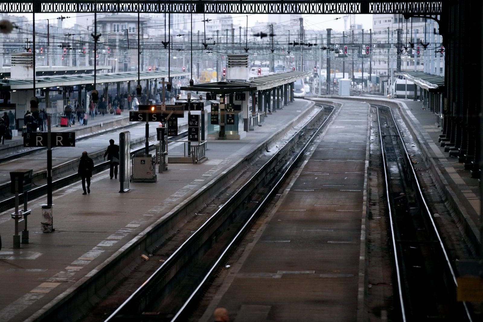 Strajk koleiwe Francji fot. EPA/YOAN VALAT