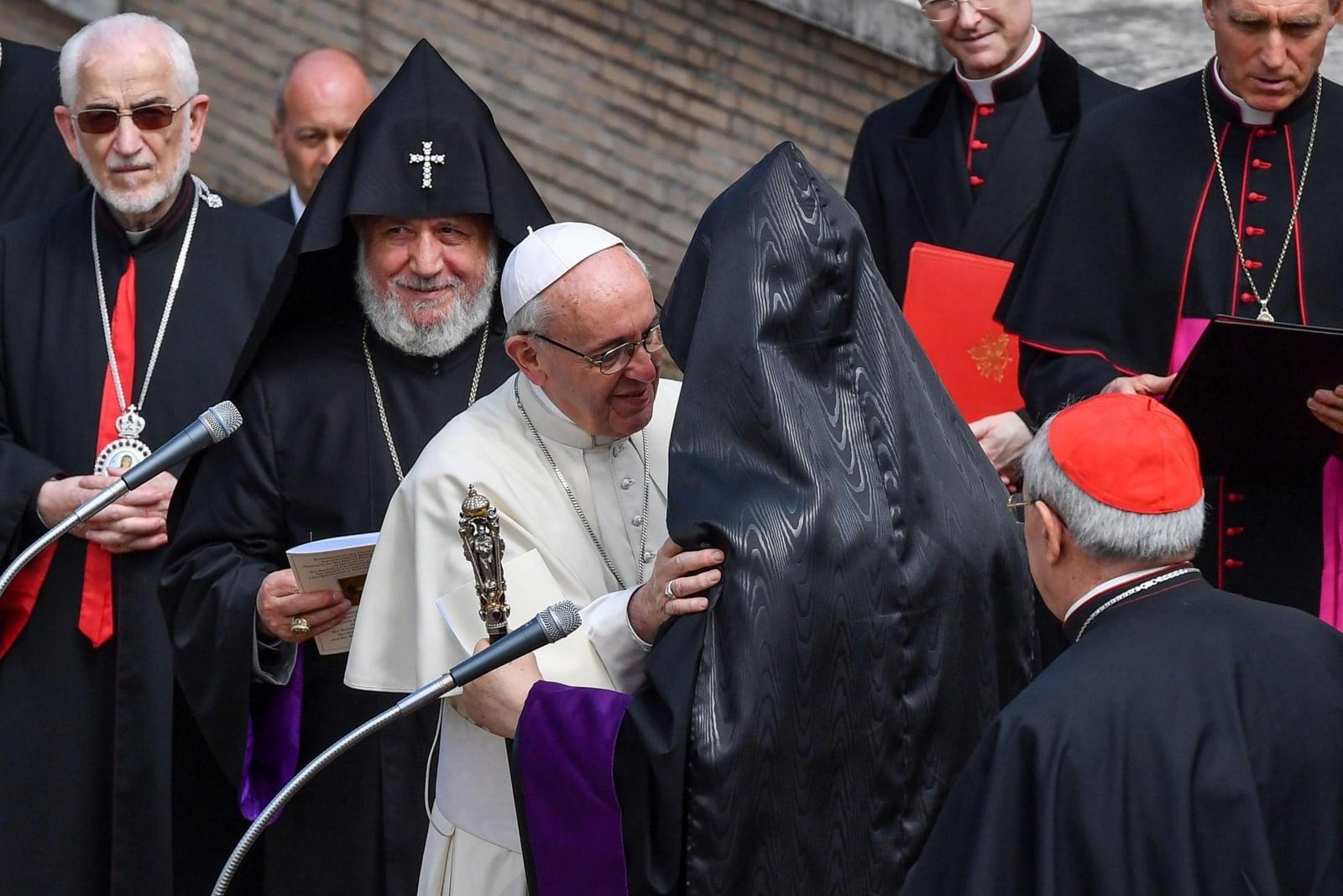 Przedstawiciele Kościoła armeńskiego u papieża Franciszka  EPA/ALESSANDRO DI MEO