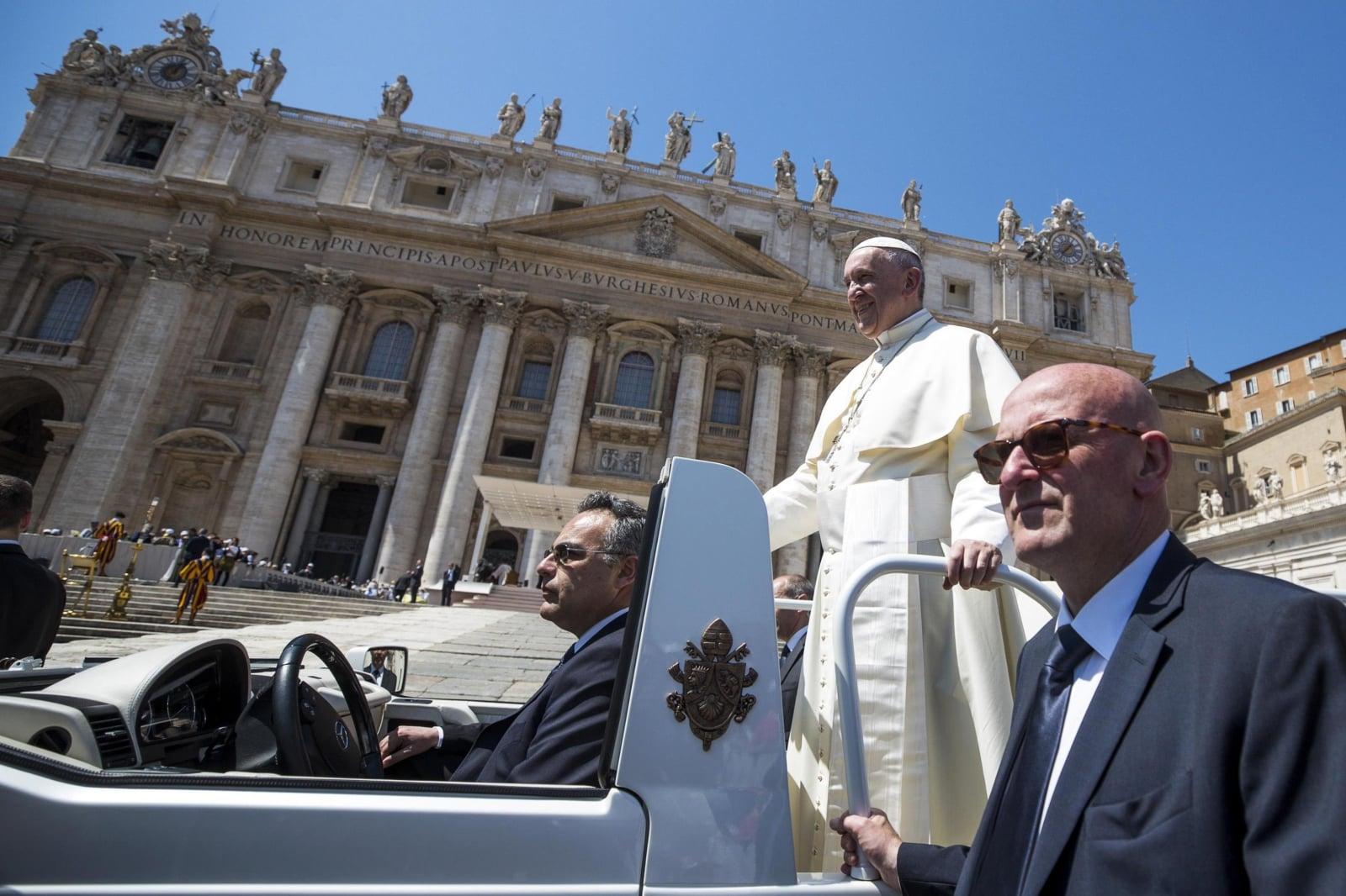 Specjalna audiencja papieża Franciszka fot. EPA/ANGELO CARCONI