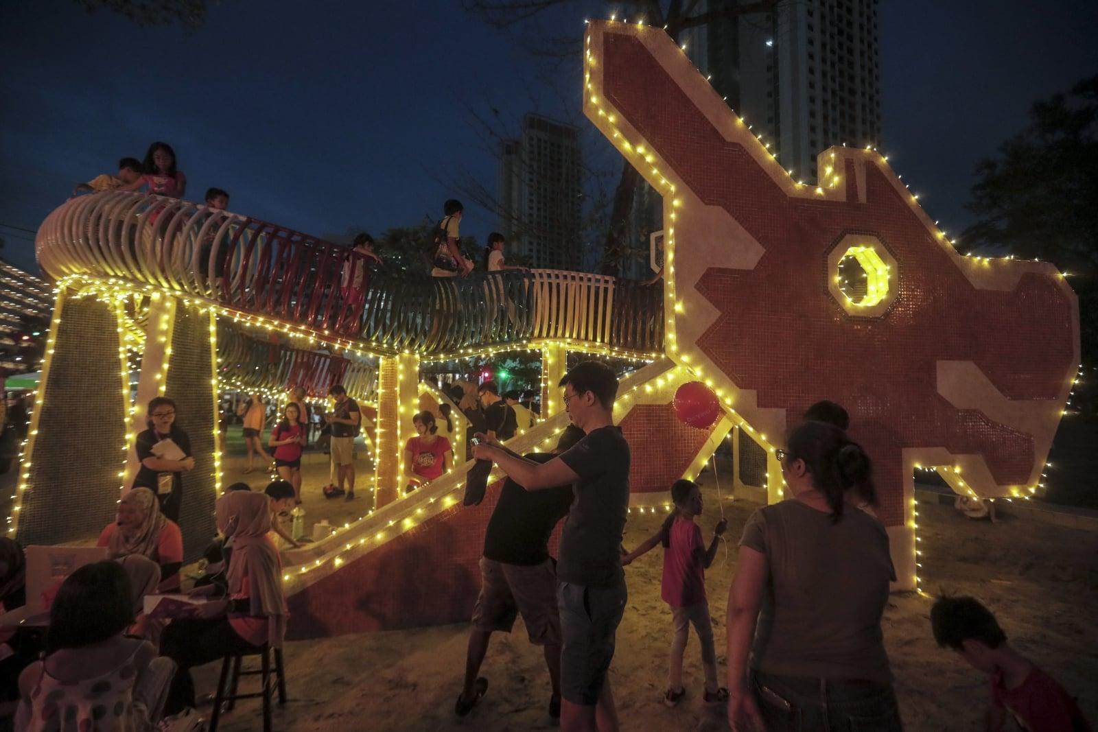 Rodzinny festiwal w Singapurze fot. EPA/WALLACE WOON