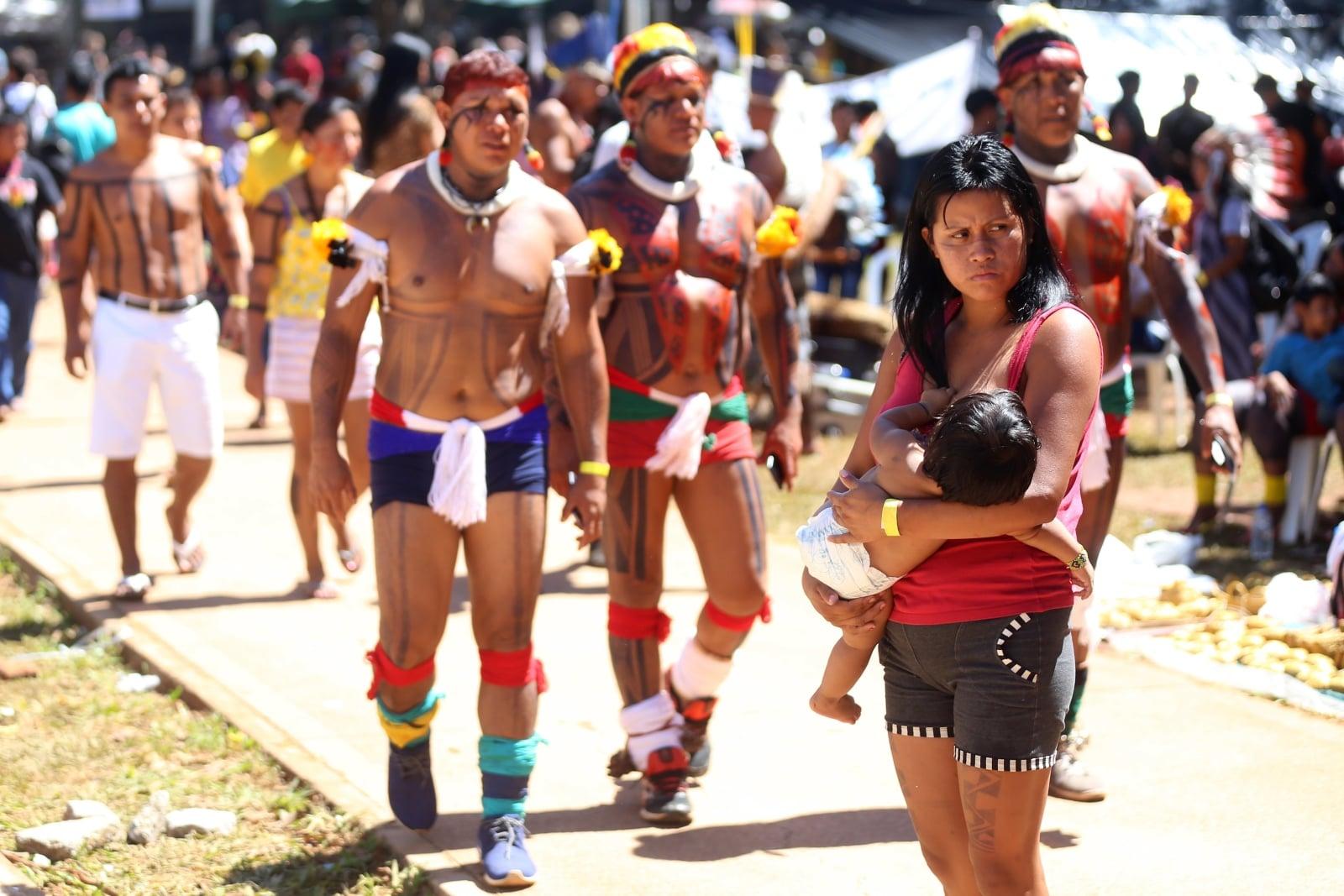 Protesty brazylijskich indian w Brasilia, Brazylia.
