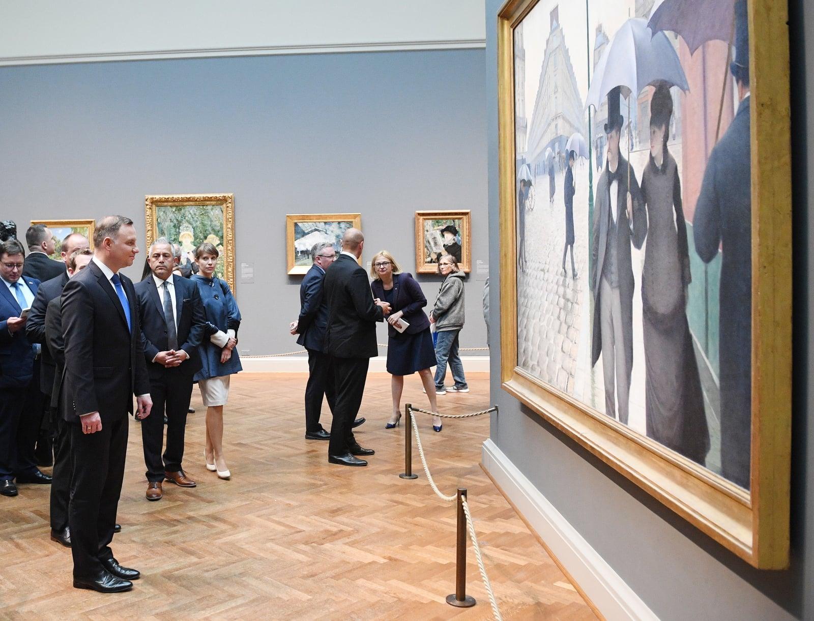 Chicago, USA, 18.05.2018. Prezydent Andrzej Duda (L) podczas wizyty w The Art Institute of Chicago