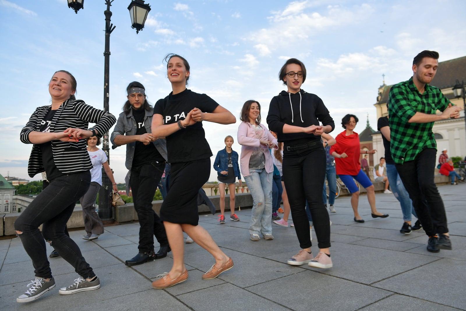 Międzynarodowy Dzień Stepowania fot. PAP/Marcin Obara