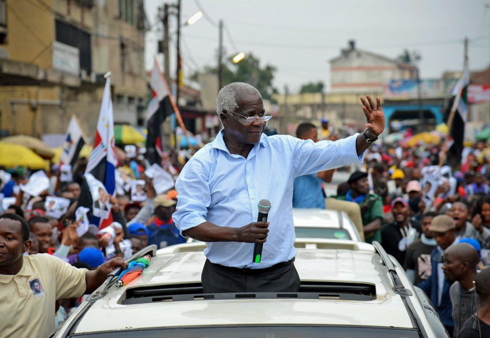 Afonso Dhlakama, opozycjonista z Mozambiku w trakcie kampanii.
