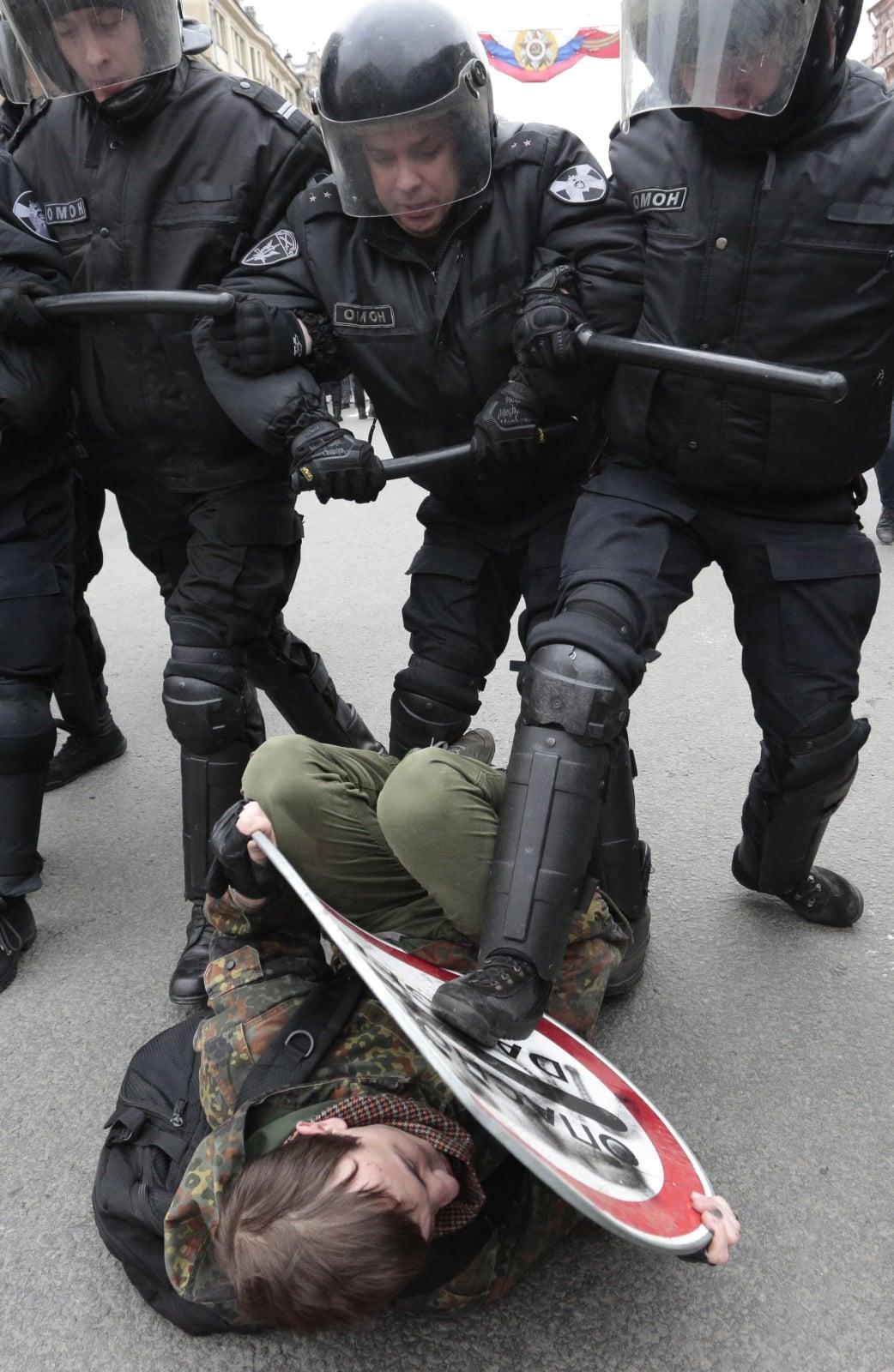 Prostest przeciwko reżimowi Putina fot. EPA/VALENTIN YEGORSHIN