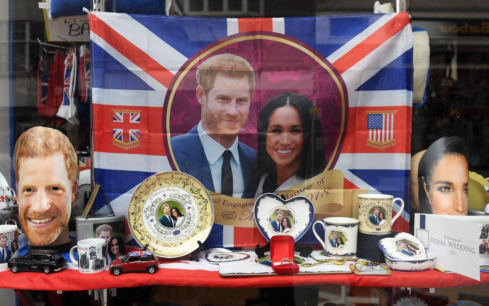 Przygotowania do królewskiego ślubu księcia Harry'ego i Meghan Markle, który odbędzie się 19 maja, fot. EPA/ANDY RAIN