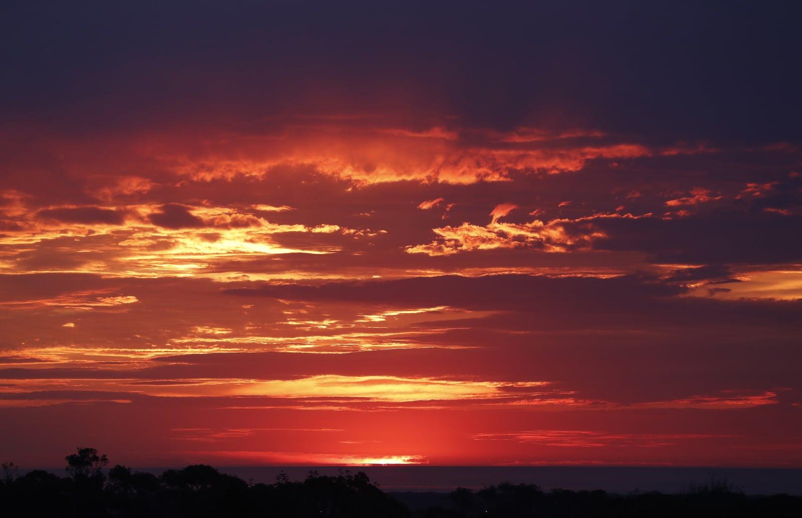 Zachód Słońca w Afryce Południowej fot. EPA/NIC BOTHMA