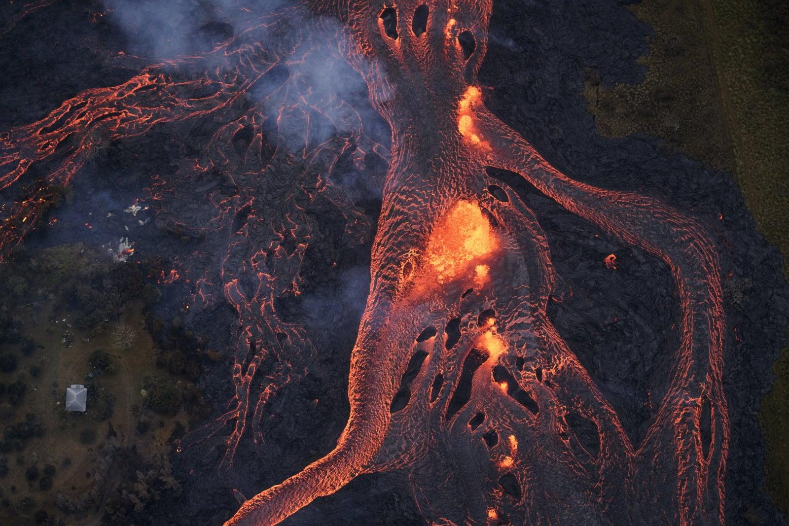 Wulkan na Hawajach fot. EPA/Bruce Omori/Paradise Helicopters