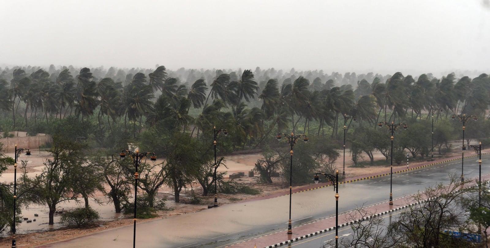 Cyklon w Omanie