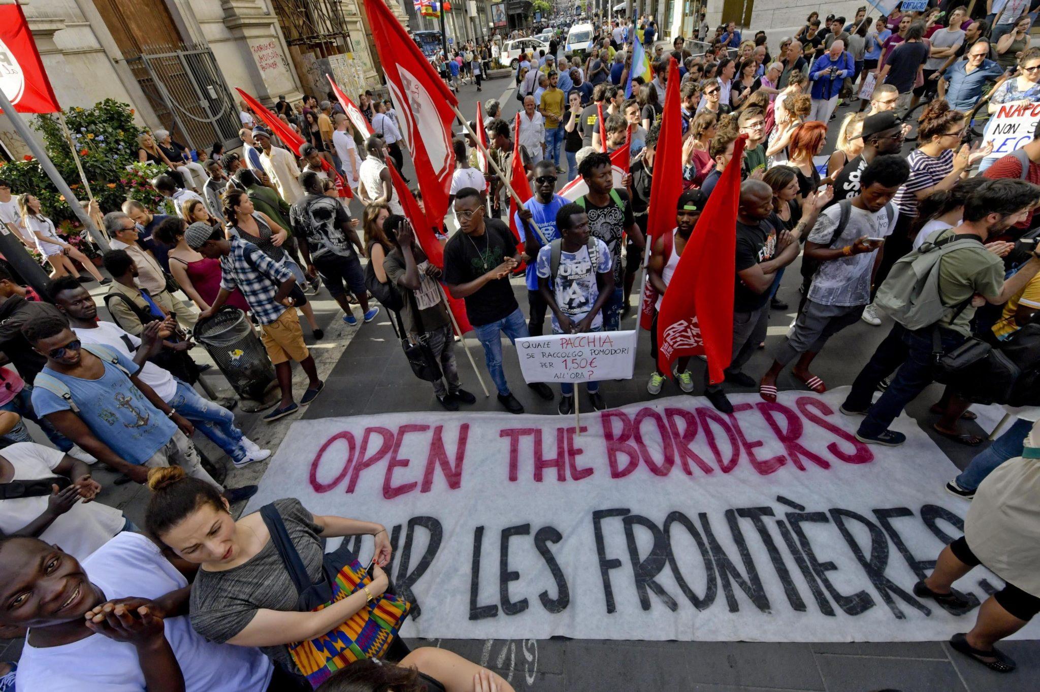 Włochy, Neapol: Demonstracja