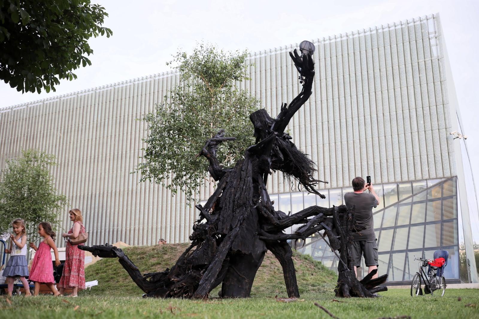 Plenerowa instalacja inspirowana wierszem