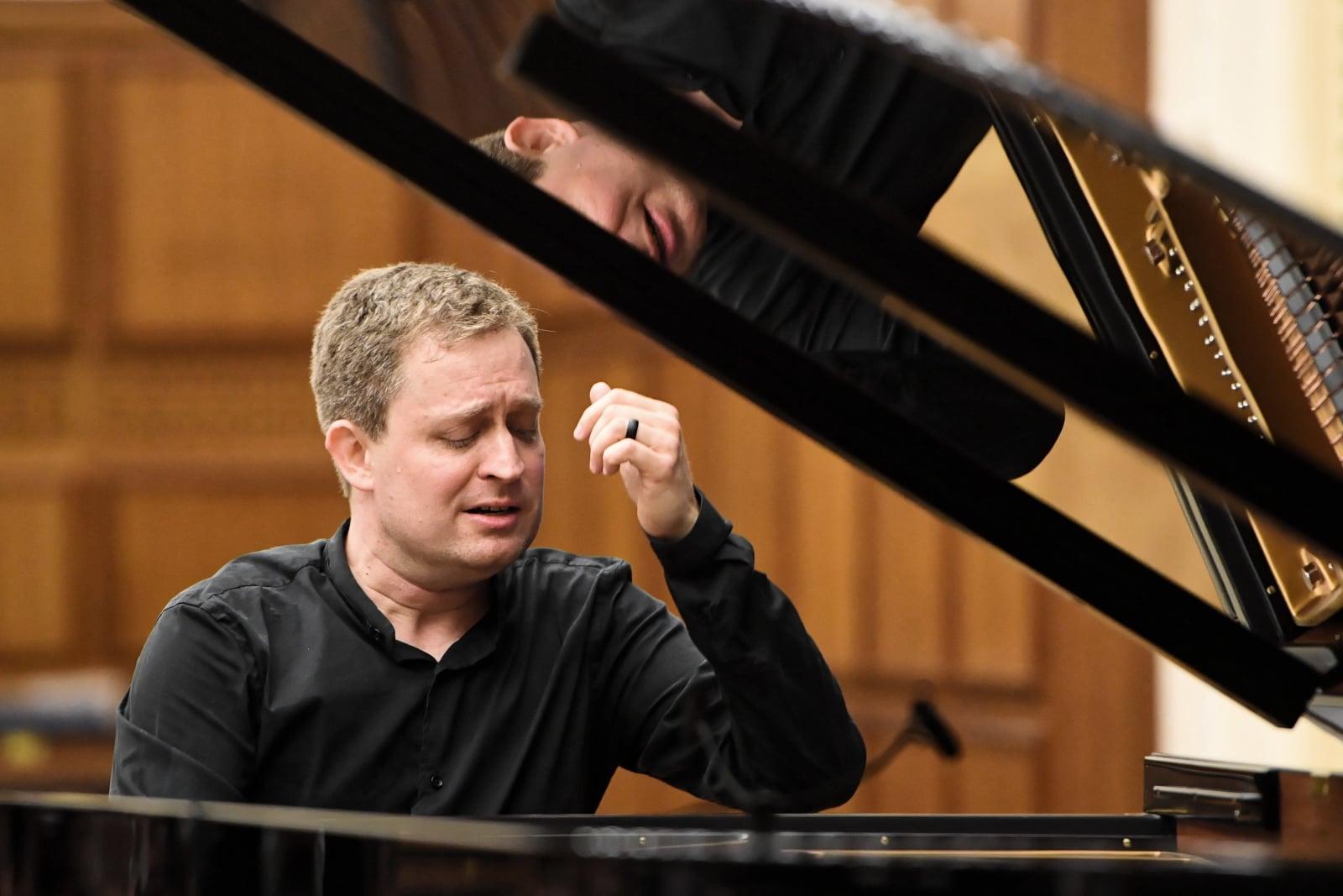 Koncert Andrew Armstronga w Warszawie fot. PAP/Radek Pietruszka
