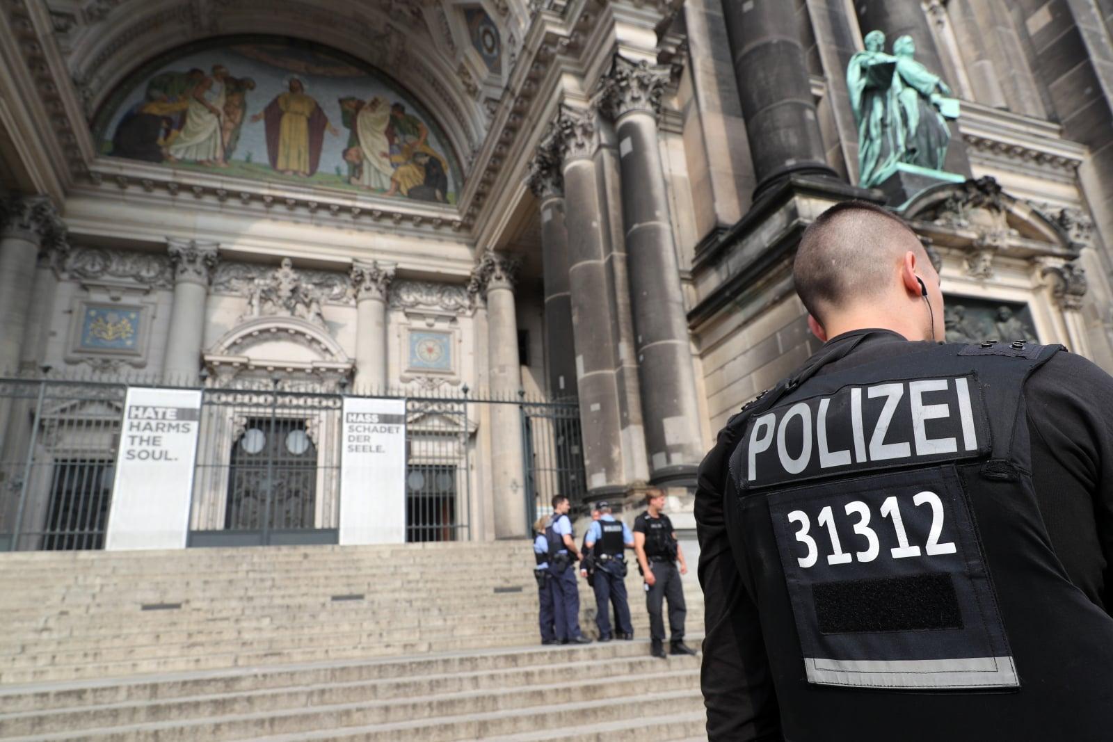 Strzelanina w protestanckiej katedrze fot. EPA/HAYOUNG JEON