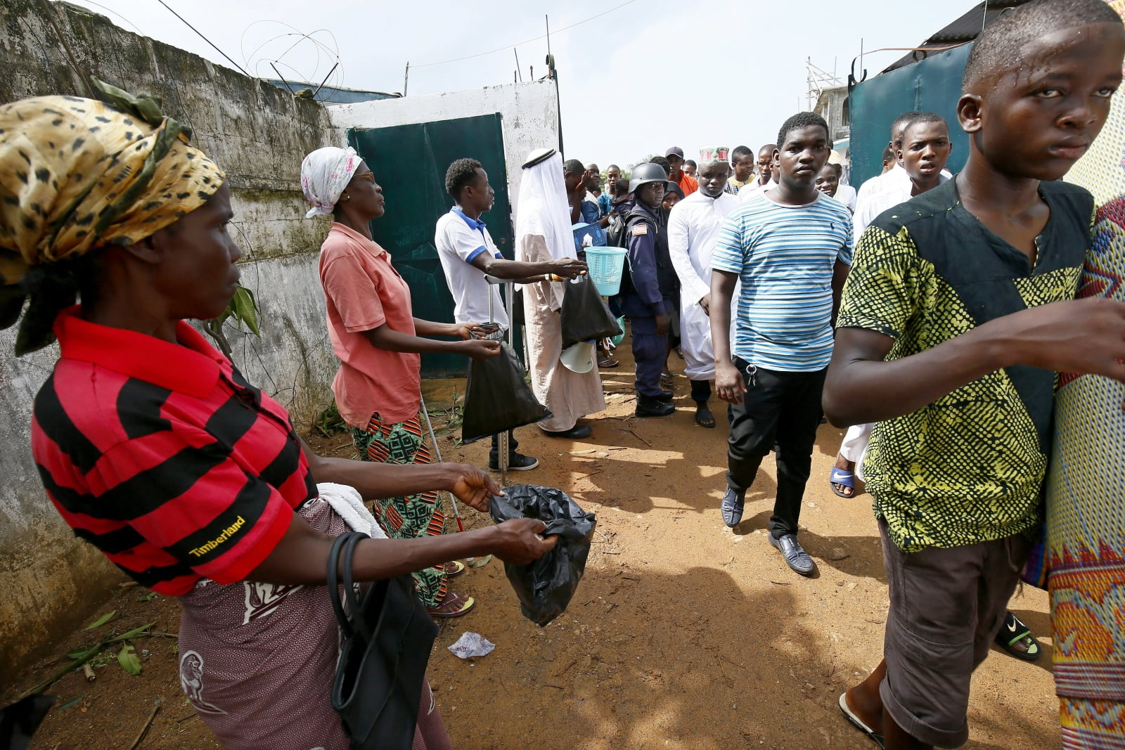 Ramadan w Liberii fot. EPA/AHMED JALLANZO Dostawca: PAP/EPA.